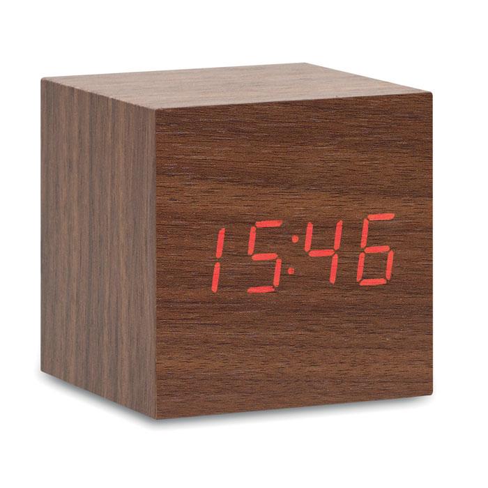 MO9090-Reloj led en MDF